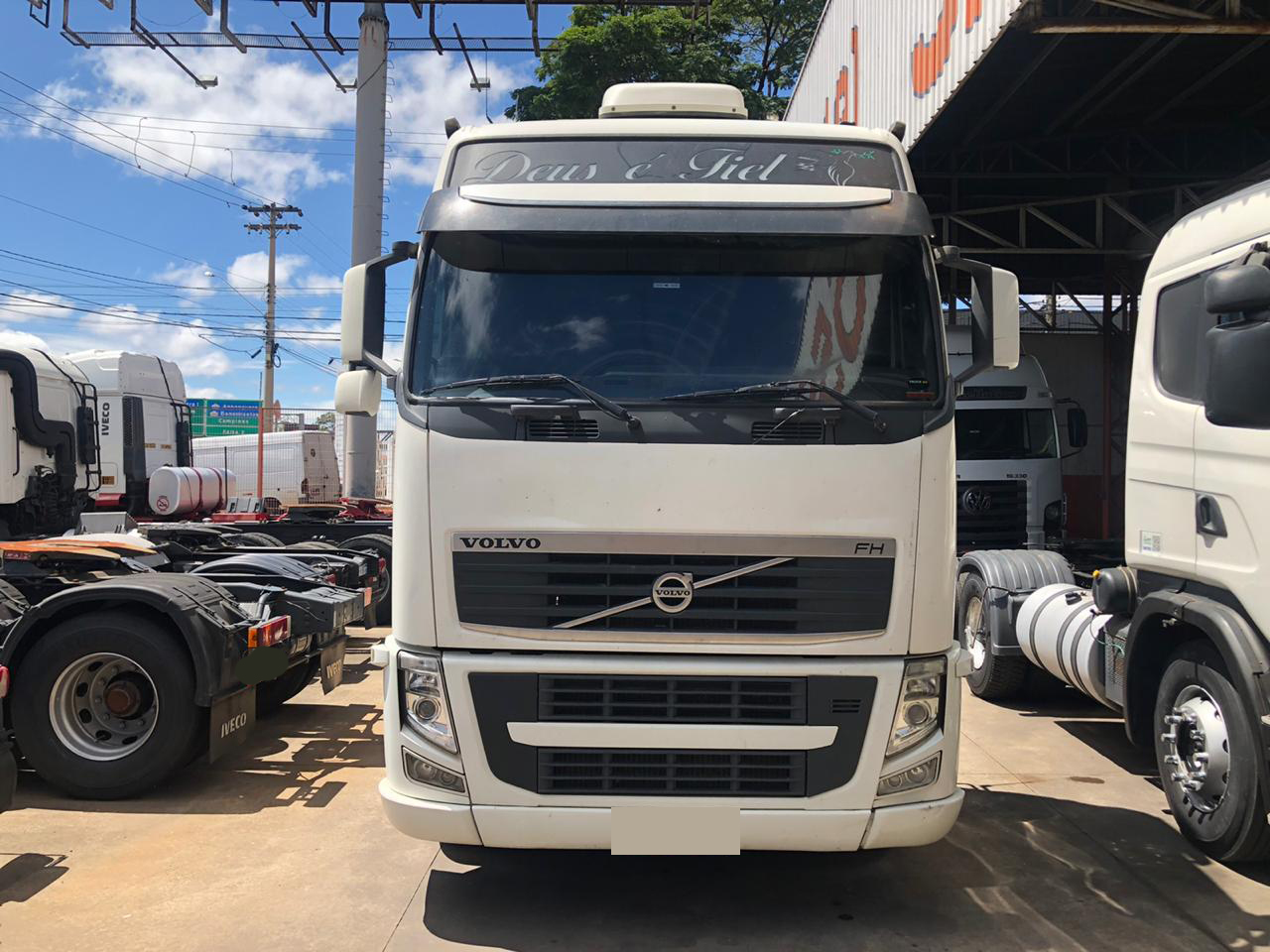 VOLVO FH 440 GLOBETROTTER 6X2 2010/2011